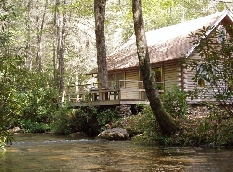 Cozy Creekfront Cabin Minutes From Lake Na Vrbo