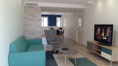 Photo for Appartement 75m2: Renovated, Calm, Good location, Parking