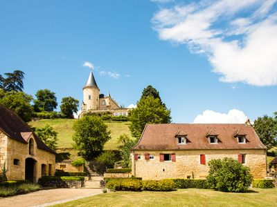 Photo for Le Petit Peuch - Sleeps 6, with large gardens and tennis courts
