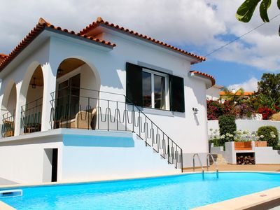 Photo for Lovely A/C family villa, walking distance to the sea and amenities - Villa Amélia