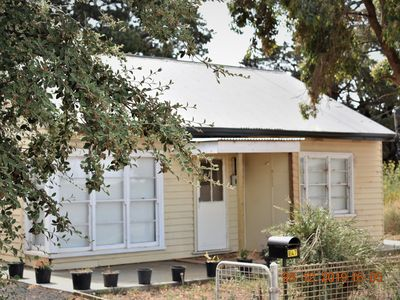 Photo for Peaceful & Cosy home in werribee  south.