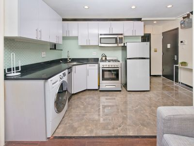 Murray Hill STUNNING 1 BED 1 BATH - UNIQUE LAYOUT - NEW FURNITURE - MODERN