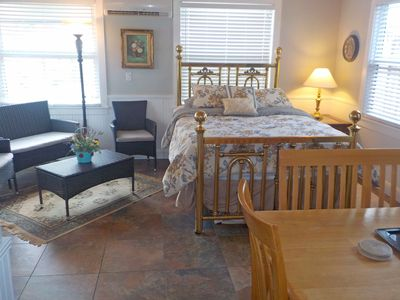 Photo for The Farmhouse West, Private apartment in downtown Lake Worth