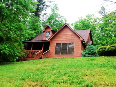 Photo for Private Cabin Only Minutes From Dollywood, The Island And Pigeon Forge.