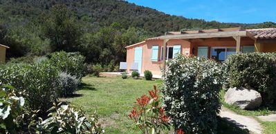 Photo for Beautiful 2 bedroom villa with pool in Palombaggia