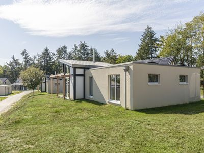 Photo for 6-person bungalow - Extra accessible in the holiday park Landal Mont Royal - in the mountains/rolling countryside