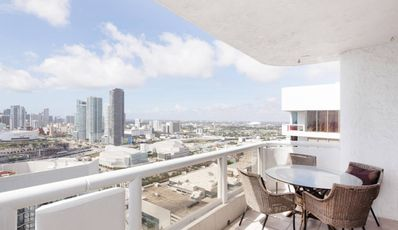 Photo for Apartment in Miami with Lift, Internet, Washing machine, Air conditioning (649221)