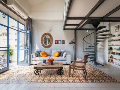 Photo for AMAZING FLAT IN GERMAN COLONY
