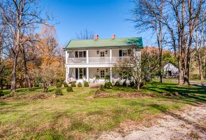 Photo for 4BR House Vacation Rental in Cornersville, Tennessee