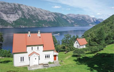Photo for 4 bedroom accommodation in Fløyrli