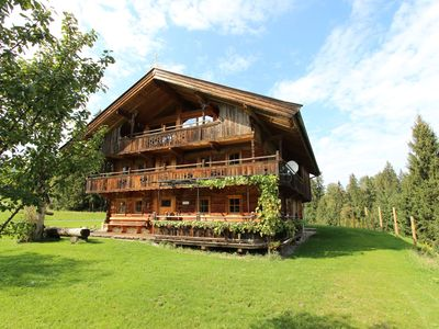 Photo for No neighbours, no traffic, and no noise. The ideal hideout in the mountains!