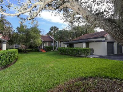 Photo for Tranquil 2 bedroom 2 bath villa in the Lakes of Sarasota
