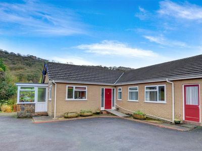 Photo for Vacation home Pantper  in Machynlleth, Wales - 5 persons, 3 bedrooms
