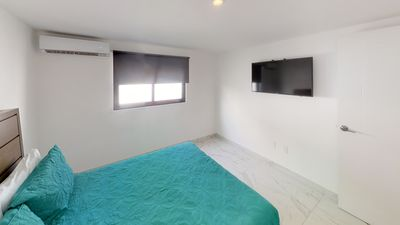 Photo for Ensuite Studio Central Location 1Bd/1Bth Pool Steps from beach 201