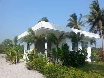 Solid bungalow, 200 m to the beach