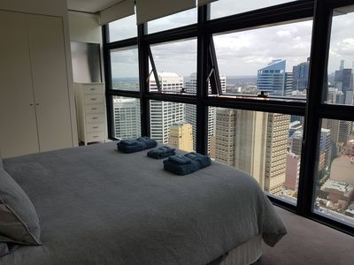Photo for Luxury 3BR, apartment in Sydney's CBD.