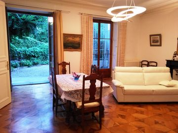 High End Apt In The Heart Of Geneva