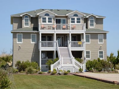 Photo for Outstanding oceanfront property with spacious layout - 647