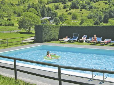 Photo for Cosy apartment for 4 guests with pool, TV, balcony, pets allowed and parking