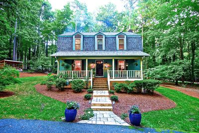 Cozy 3 bedroom 2.5 bath home on 1 acre wooded lot Raleigh, NC