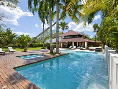 Photo for Beautiful 4 Bedroom Villa with Big Pool and Jacuzzi