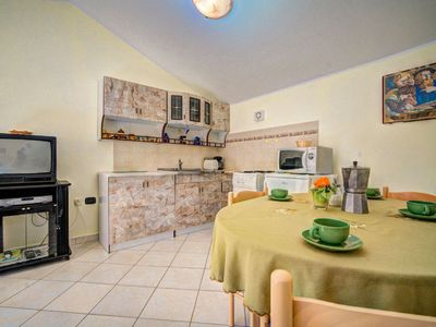 Photo for Apartment in the center of Rakalj with Parking, Internet, Air conditioning, Garden (983369)