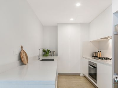 Photo for Cosy 2Bed Apt in Macquarie Park | Walk to Station