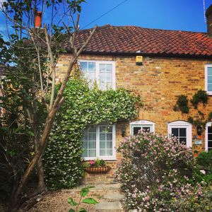 Photo for Quintessential English Cottage, a perfect base to explore London & Hampton Court
