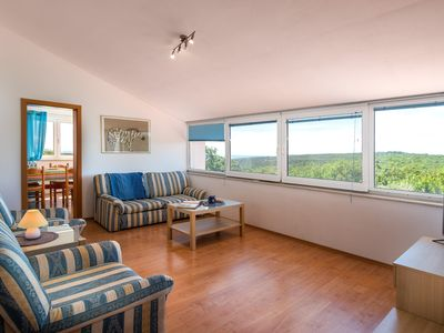 Photo for Comfortable apartment with sea view, in the Istrian country side