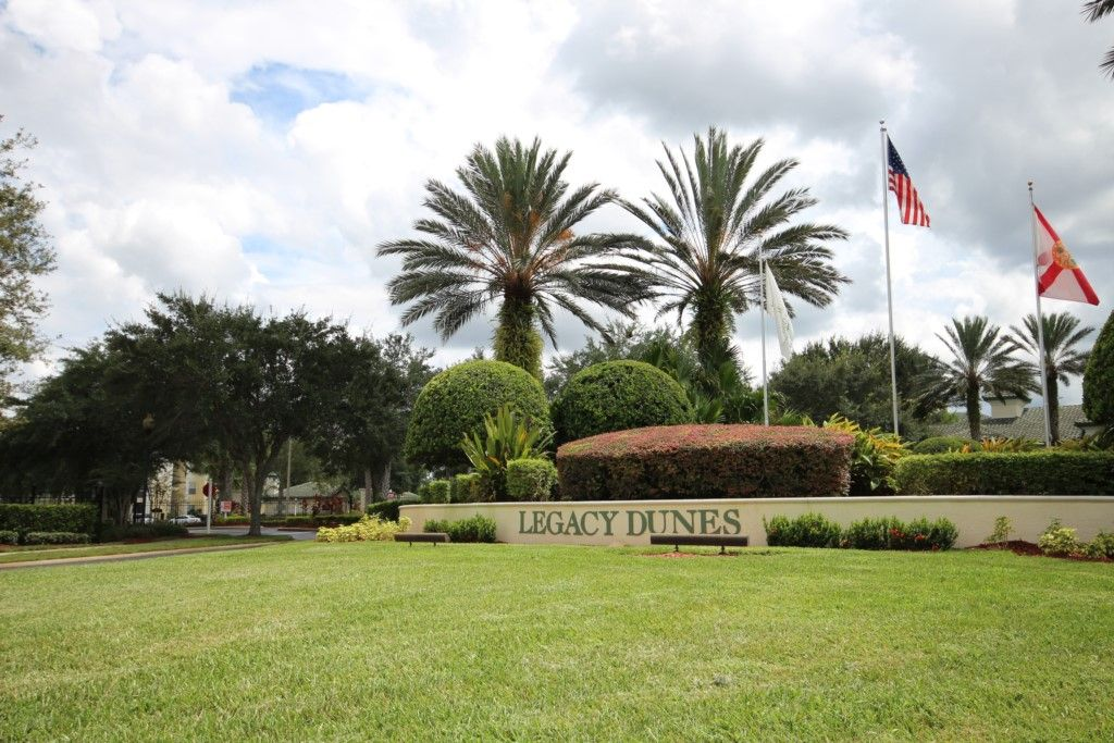 3 bed 2 bath Condo near Attractions. Gated with Resort Amenities ...