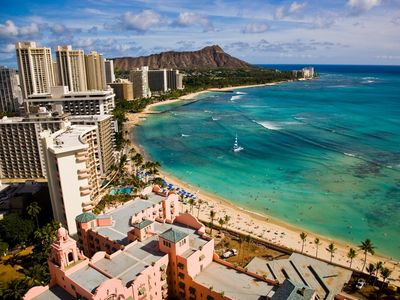 Photo for Direct Oceanfront in the Heart of Waikiki! Spectacular New Custom Reno!!