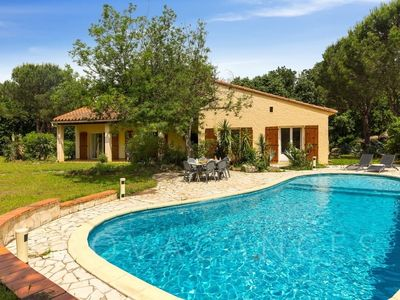 Photo for Holiday home for 10 guests with 160m² in Laroque des Alberes (92423)