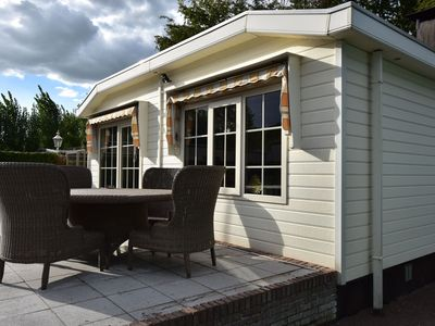 Photo for New bungalow with a jacuzzi close to Efteling and the Loonse and Drunense Dunes