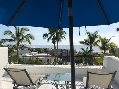 Photo for Cozy ocean-view and petfriendly apartment with terrace in San Jose Los Cabos
