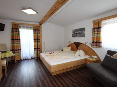 Photo for Double room 4/8/9 - Binter, house