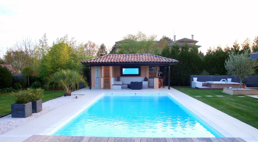 House Pool And Spa Hot Tube 15kmtoulouse Homeaway