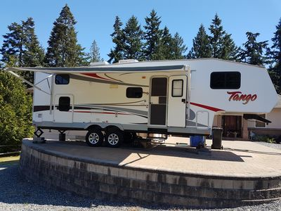 Photo for San Cobble Fifth Wheel RV