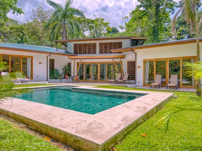Photo for Stylish tropical villa with private pool
