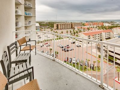 Photo for Breathtaking waterfront view from the 9th floor w/ shared pool and hot tub