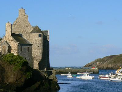 Photo for The House of Lords: feet in the port of Conquet facing Ouessant