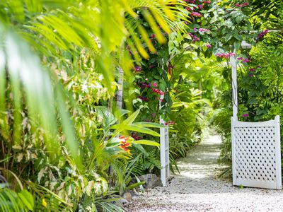 Photo for Secluded Kailua Beach Bungalow with Private Garden -100 Steps To The Beach