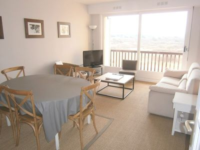 Photo for Apartment F3, sea view, 58m², on the 4th floor, 4 persons, in HARDELOT BEACH.