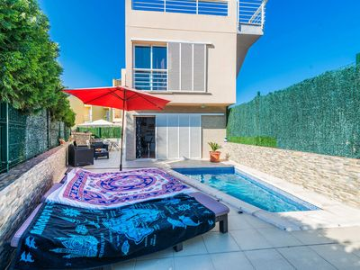 Photo for Holiday home by the harbour with pool - Casa Rotonda de Aucanada