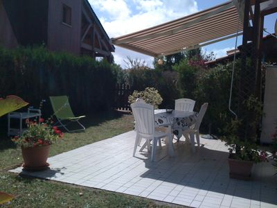 Photo for Comfortable renovated house near the beach and family-friendly amenities