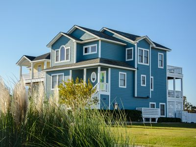Photo for Peninsula Place: Canalfront, private pool, boat dock, close to Manteo attractions.