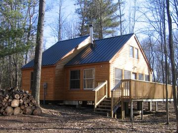 Muskegon River Getaway with Beautiful Cabin on 17 Acres