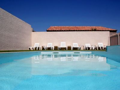 Photo for Holiday Cottage 2/4 pers - Air conditioning, Private Garden, Shared swimming pool