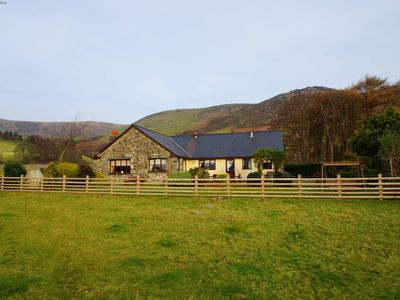 Photo for Beautiful and secluded cottage for 10 - Great walks from the doorstep