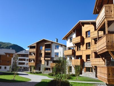 Photo for 4-person apartment in the holiday park Landal Alpine Lodge Lenzerheide - in the mountains/rolling countryside