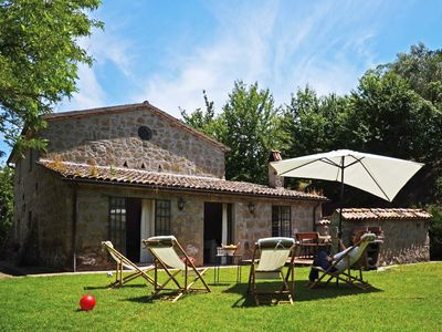 Photo for surrounded by unspoilt enviroment, traditional country house (6km from Orvieto)